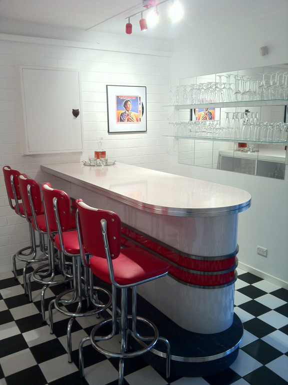 New Retro Bar In Home